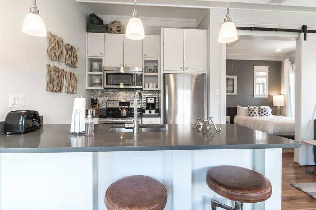 carriage-house-beach-style-kitchen
