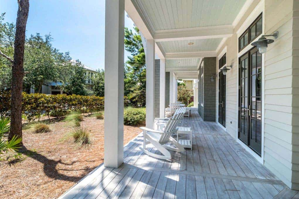 florida-beach-house-wrap-around-porch