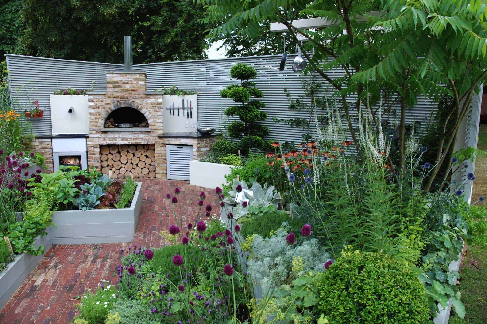 30 Amazing Ideas For Growing A Vegetable Garden In Your Backyard on edible flowers, spray painting ideas and designs, back yard with pool landscape designs, edible simple backyard designs, back yard zen garden designs, tv room ideas and designs, raised bed garden planters designs, garden pathway ideas and designs, indoor bar ideas and designs, yard and garden designs, outdoor garden designs, jewelry making ideas and designs, garden wall designs, easy garden ideas and designs, small japanese garden designs, vegetable garden ideas and designs, container garden ideas and designs, front yard herb garden designs, indoor garden designs, flower garden designs,