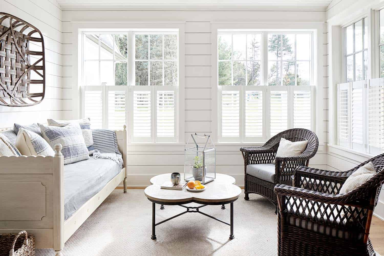 farmhouse-sunroom
