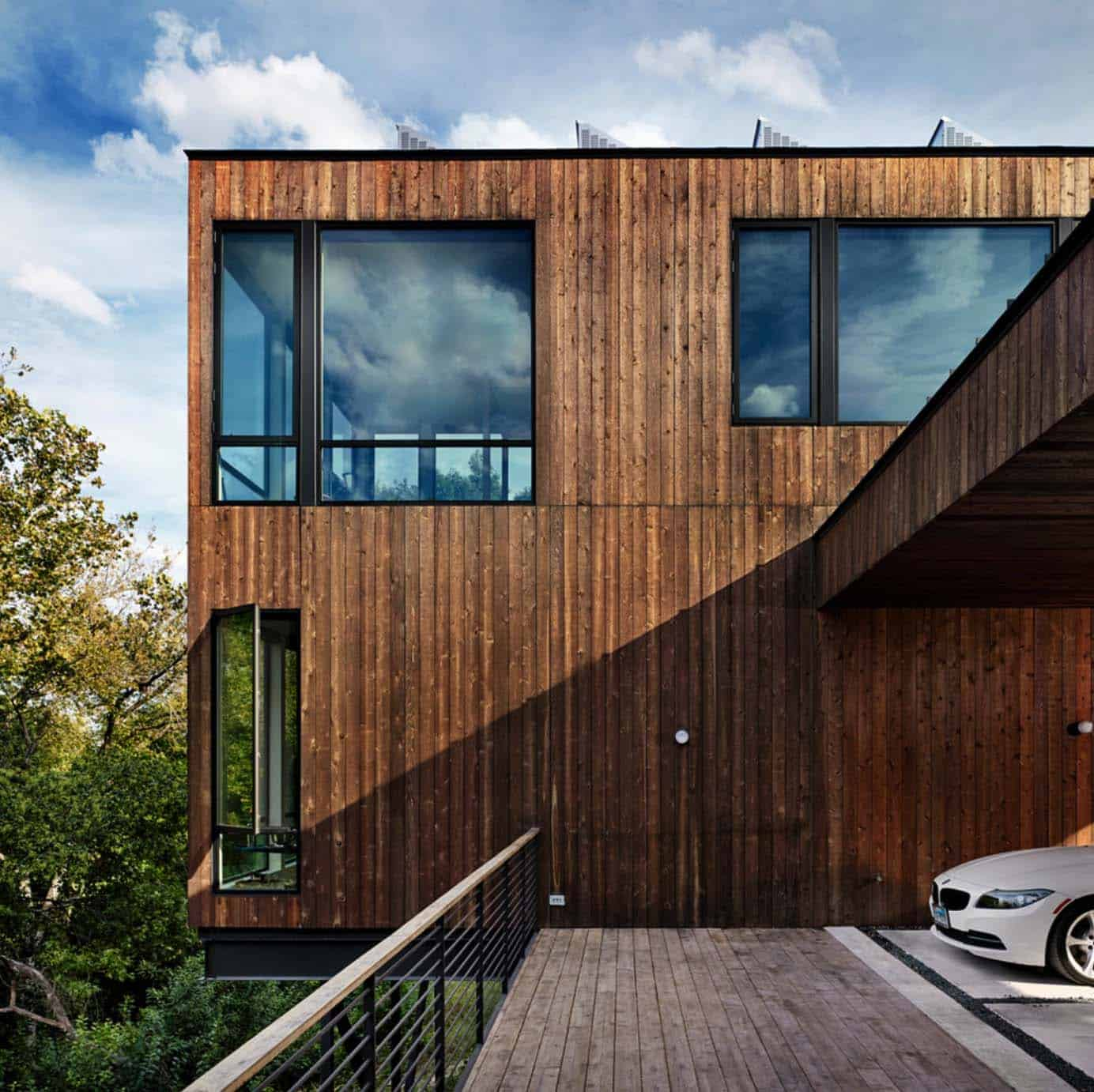 contemporary-energy-efficient-home-exterior