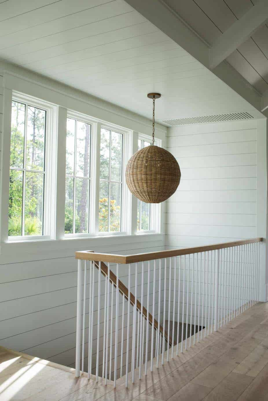 cottage-farmhouse-staircase