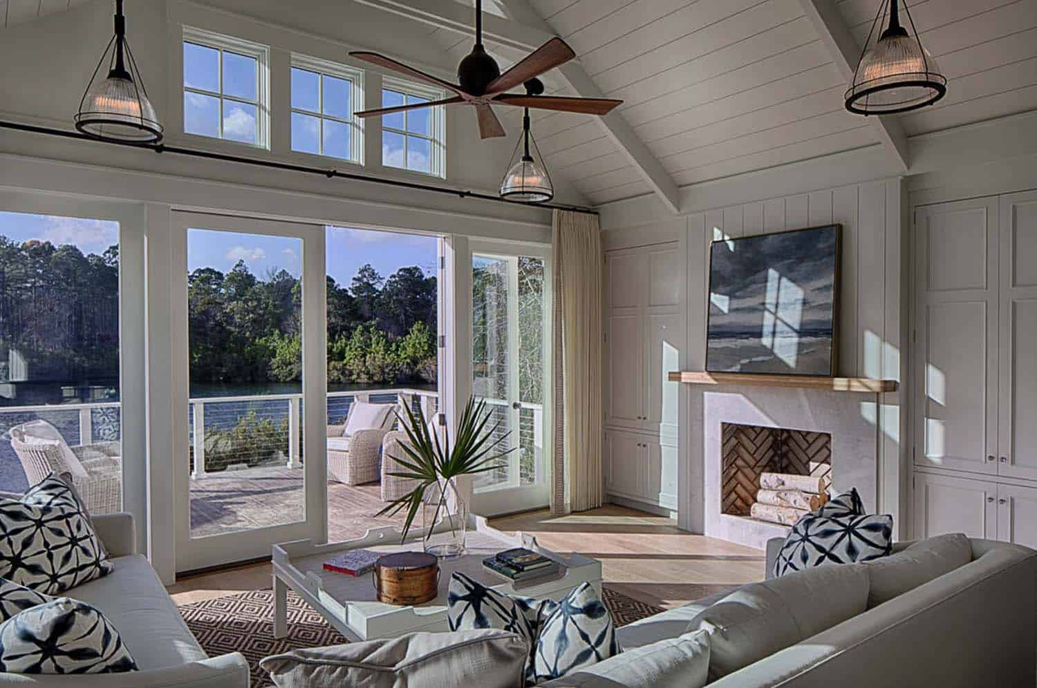 cottage-beach-style-family-room