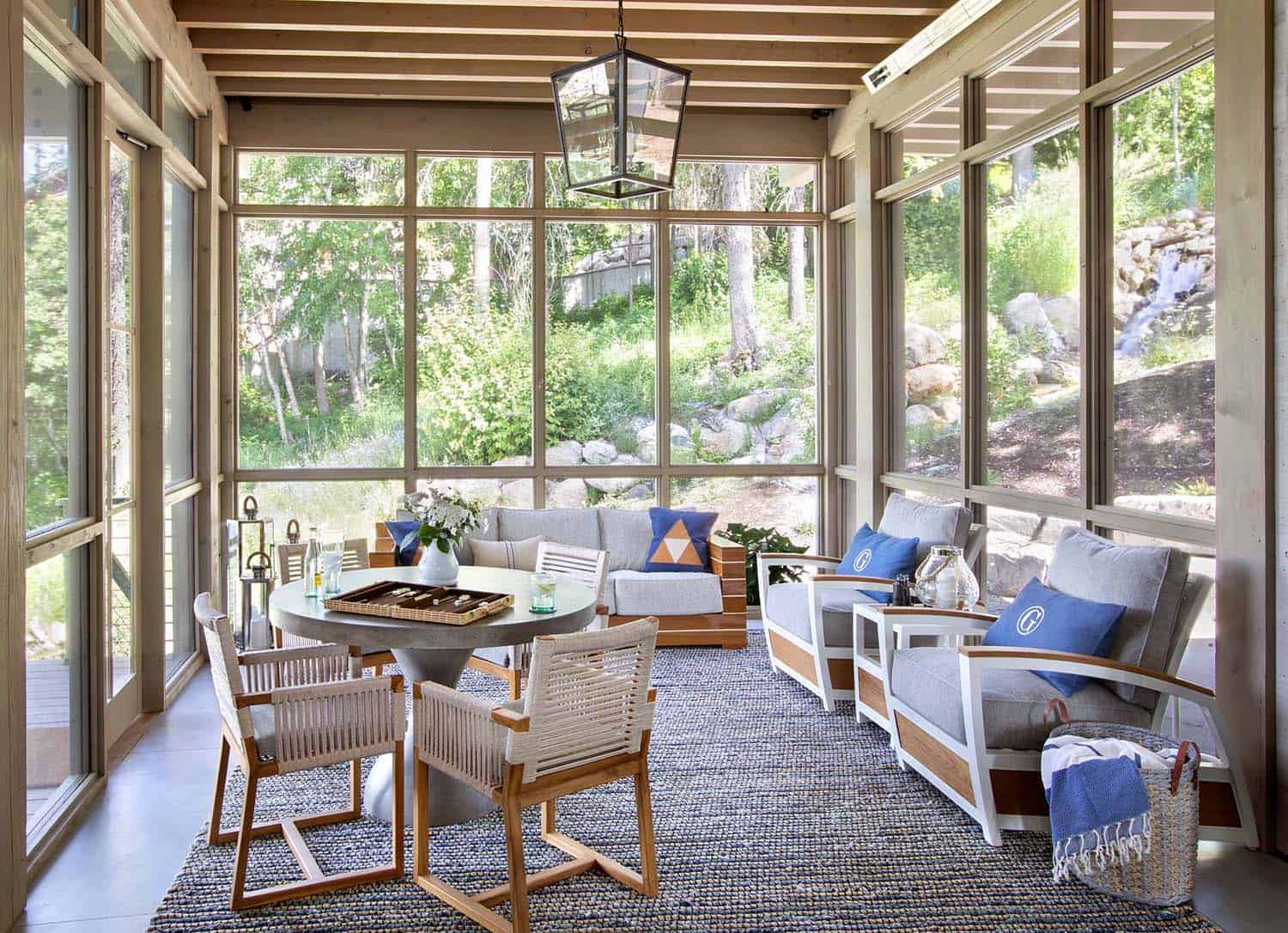 modern-rustic-sunroom