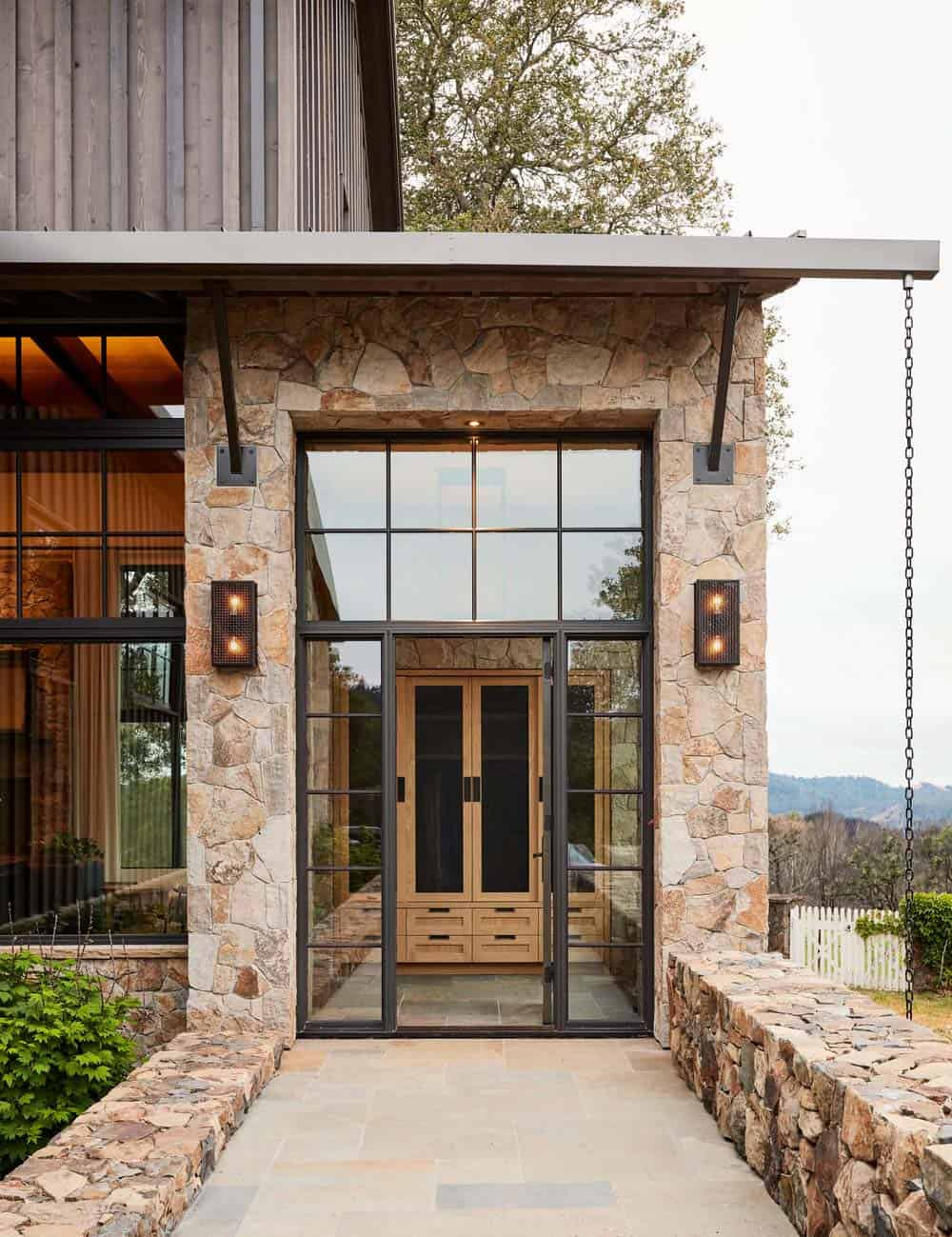 mountain-home-ranch-entry