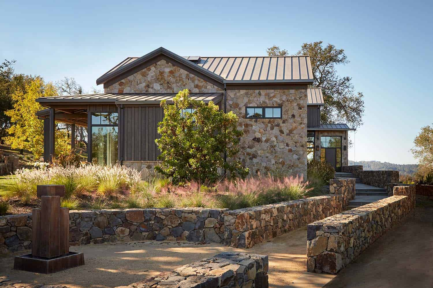 mountain-home-ranch-exterior