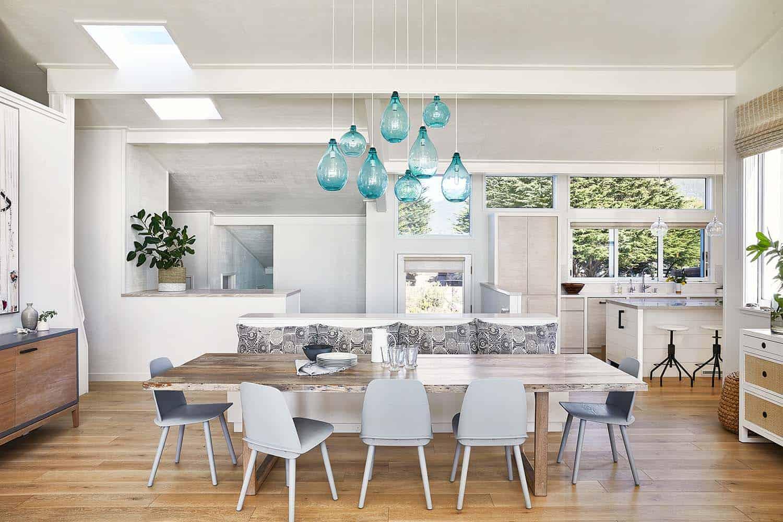 stinson-beach-house-beach-style-dining-room