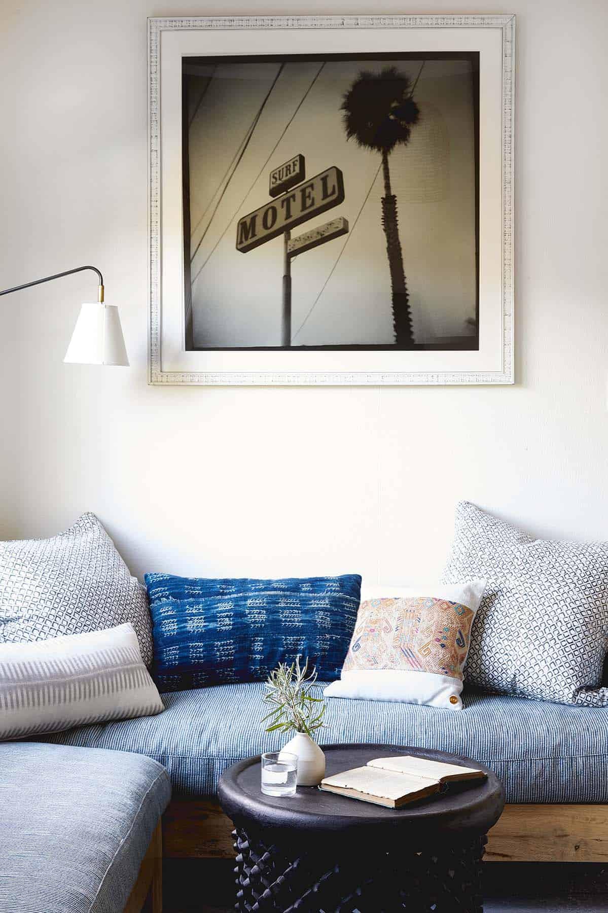 stinson-beach-house-beach-style-family-room