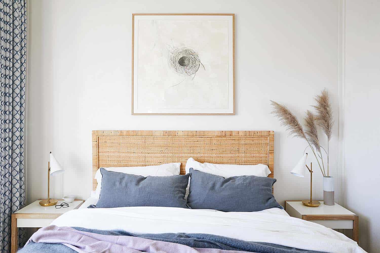stinson-beach-house-beach-style-bedroom
