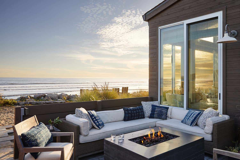 stinson-beach-house-beach-style-deck