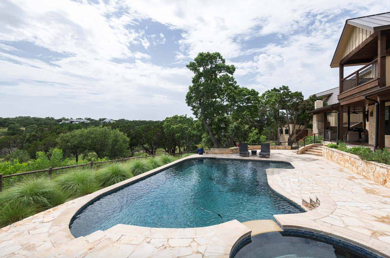southwestern-retreat-pool
