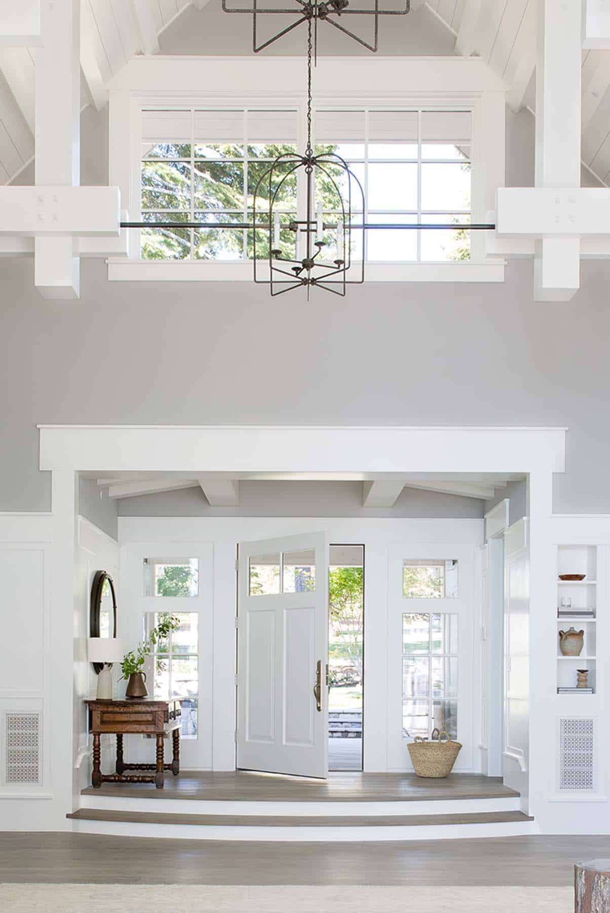 transitional-style-entry-lake-tahoe