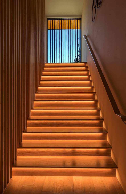 asian-contemporary-staircase