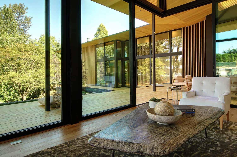 asian-contemporary-family-room