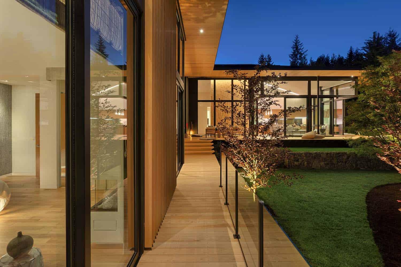 asian-contemporary-home-patio
