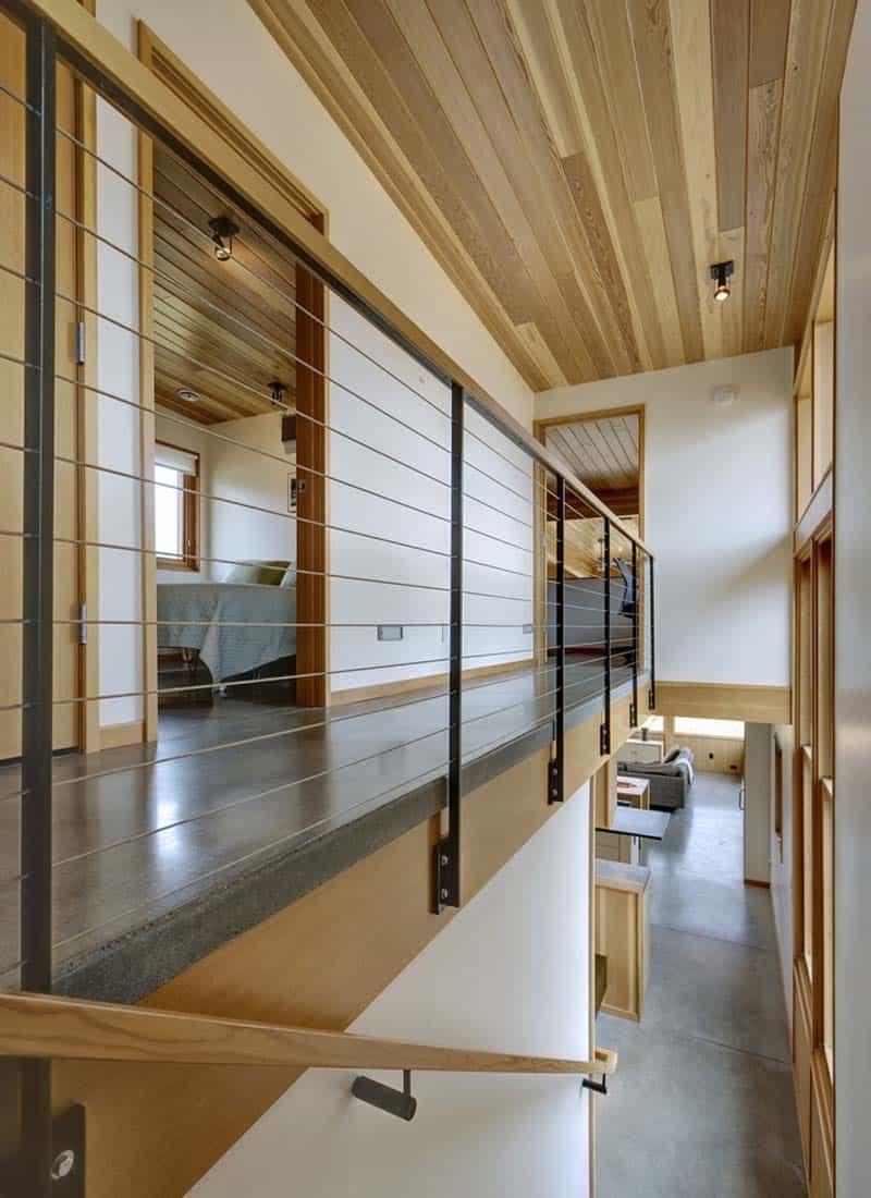 contemporary-cabin-hall