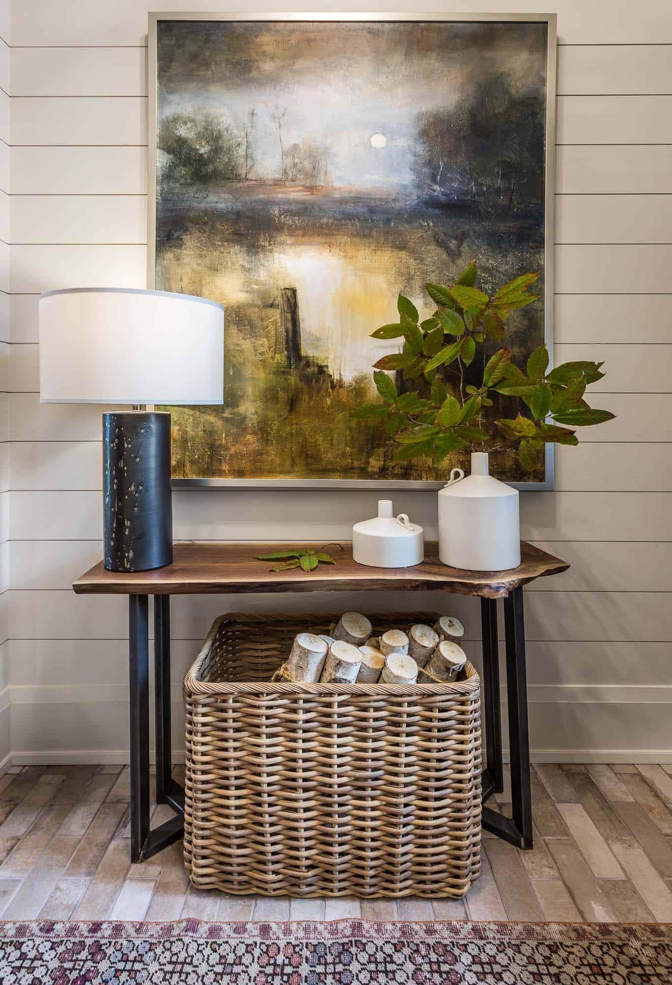 contemporary-model-home-entry