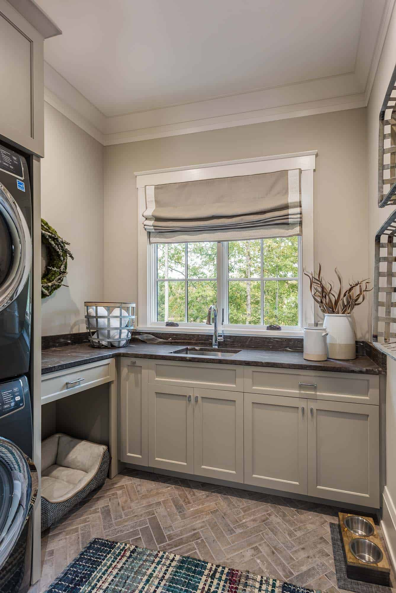 contemporary-model-home-laundry-room