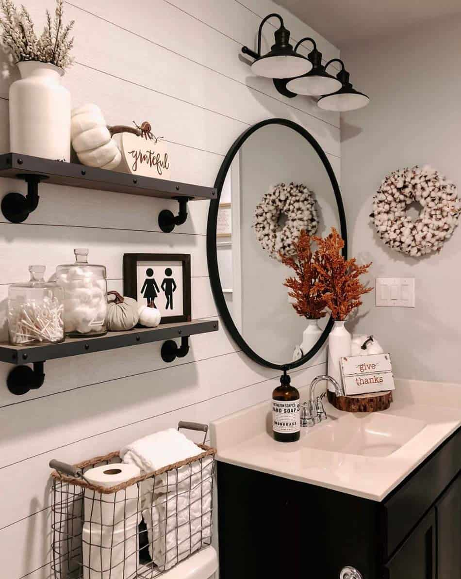 cozy-farmhouse-fall-decor-bathroom