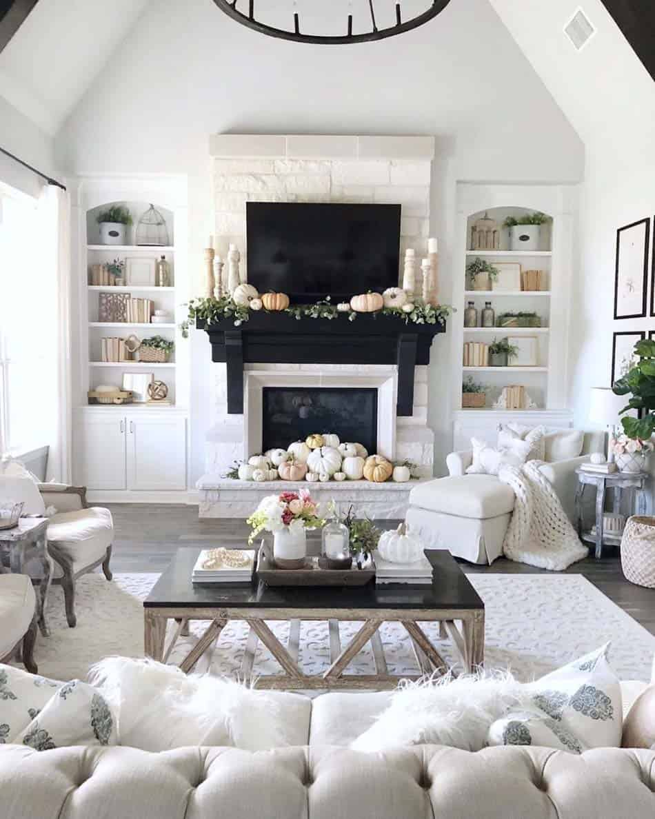 cozy-farmhouse-fall-decor-living-room