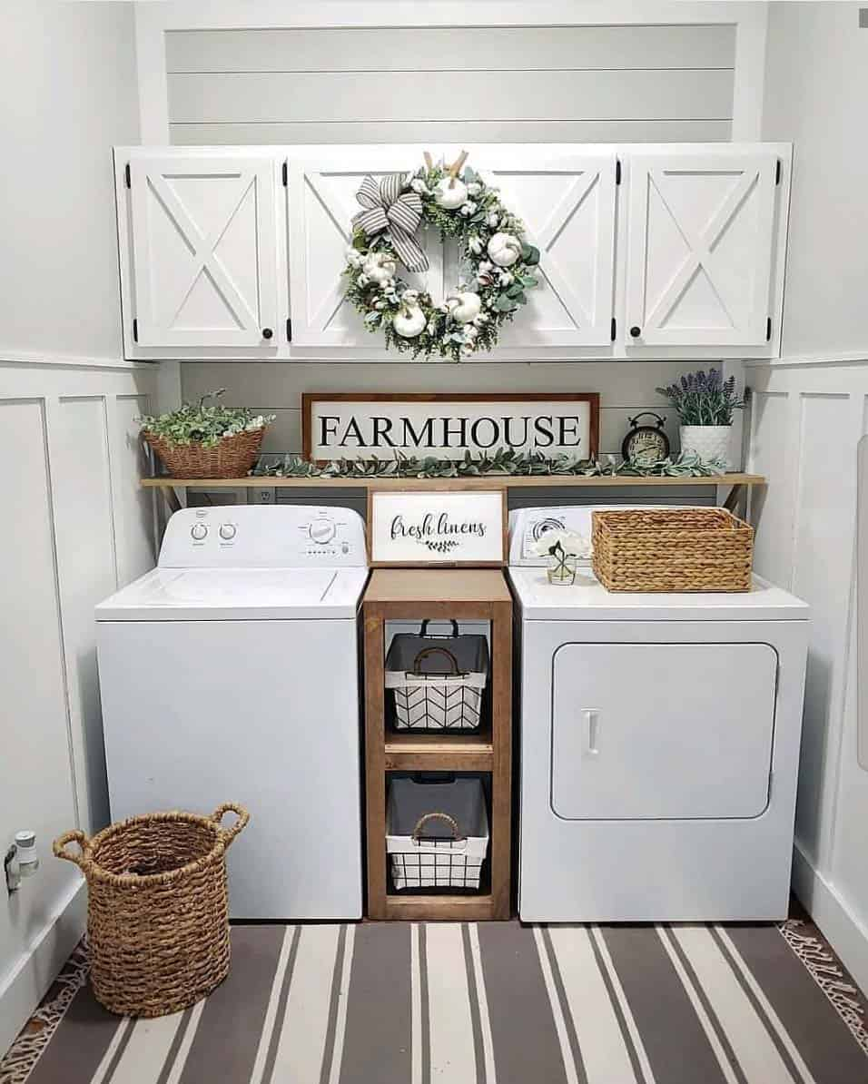 cozy-farmhouse-fall-decor-laundry-room