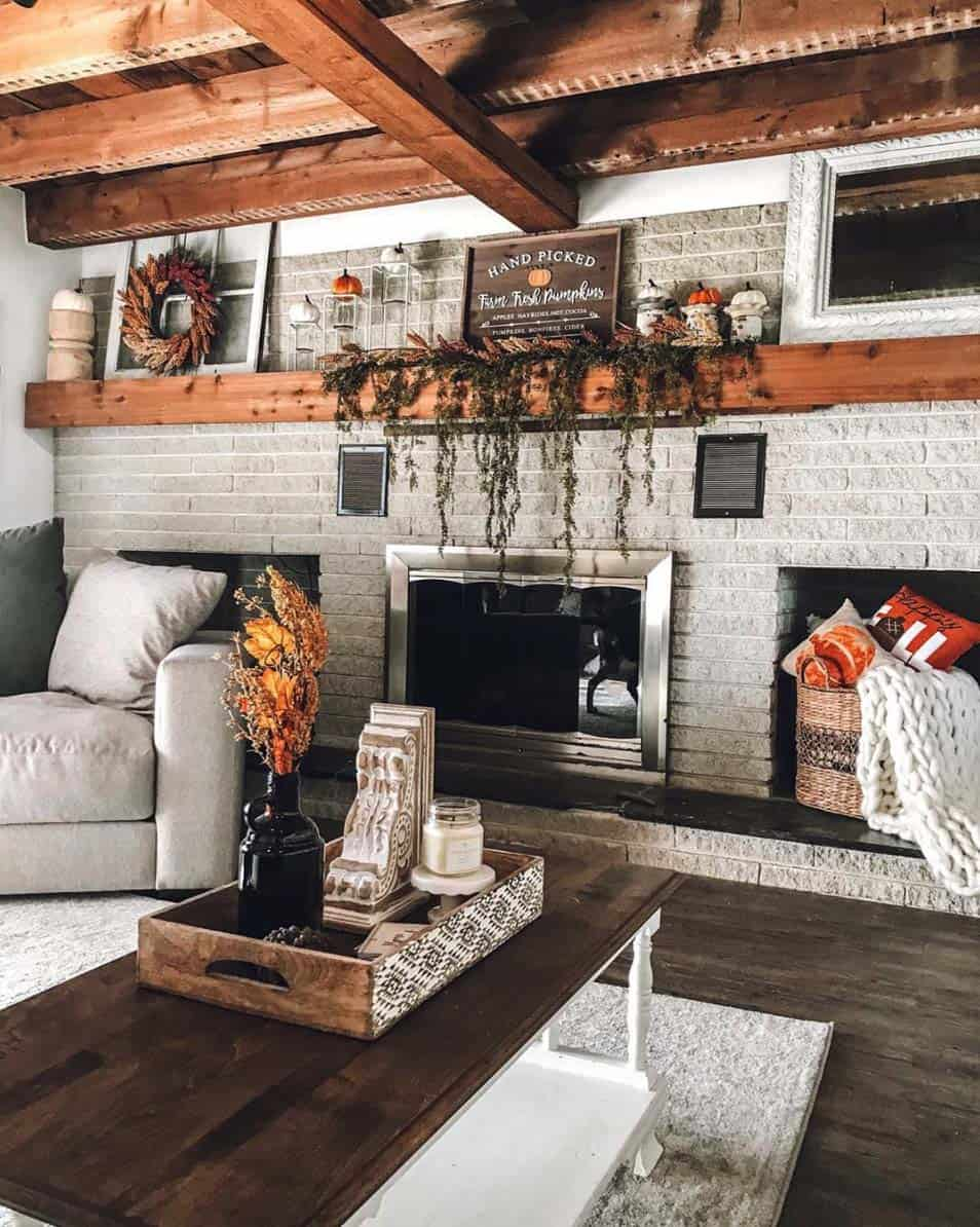 33 Fantastic Ideas To Cozy Your Home With Farmhouse Fall Decor
