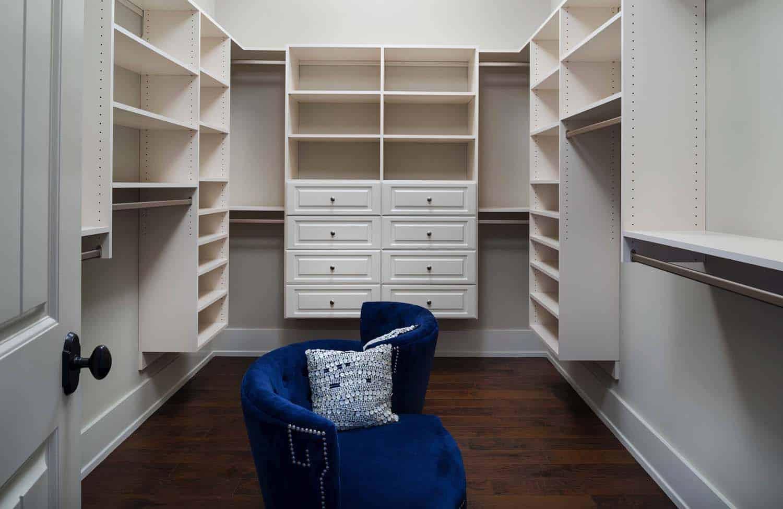 craftsman-style-closet