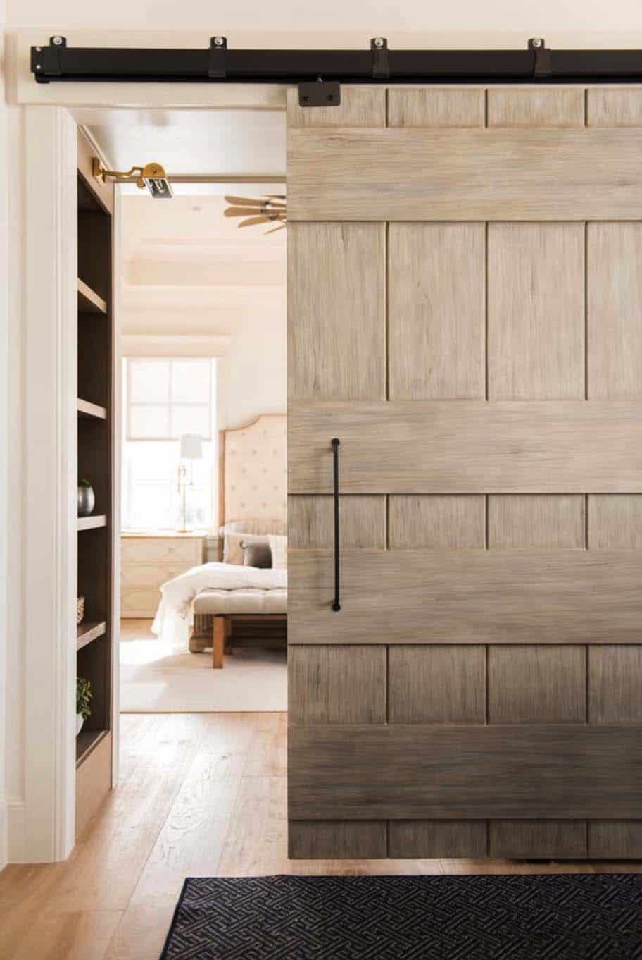 european-cottage-beach-style-bedroom