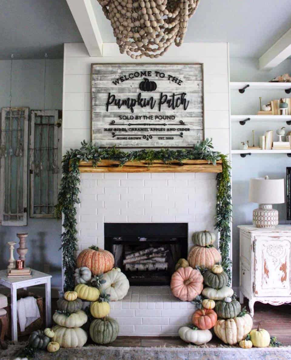 20 Unbelievably Inspiring Fall Mantel Decorating Ideas