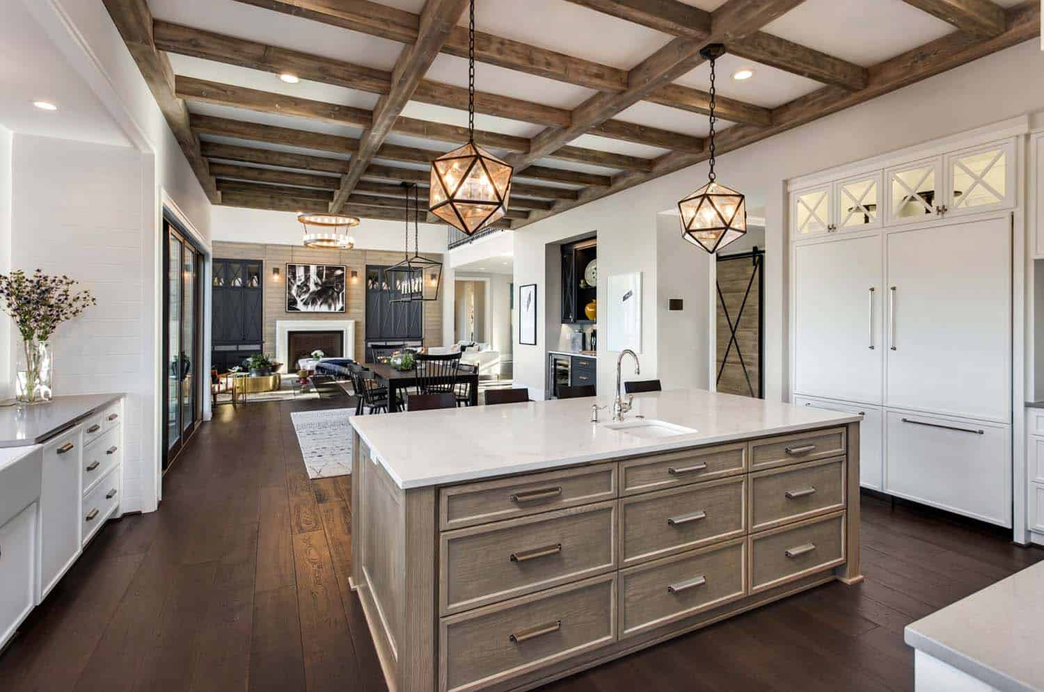french-country-transitional-kitchen