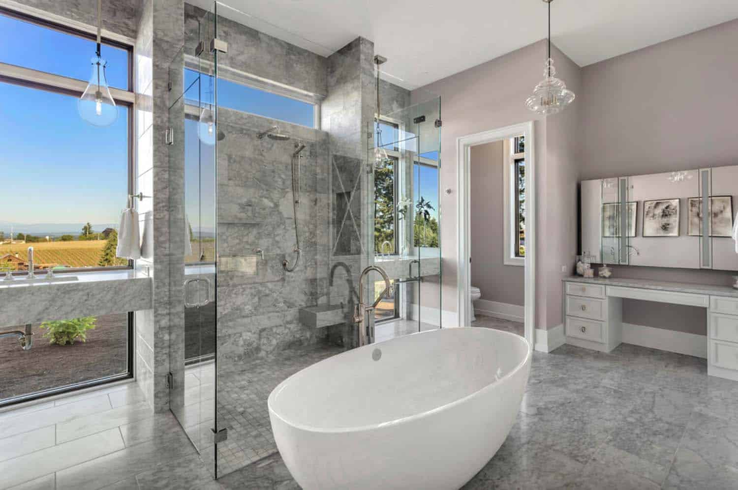 french-country-transitional-bathroom