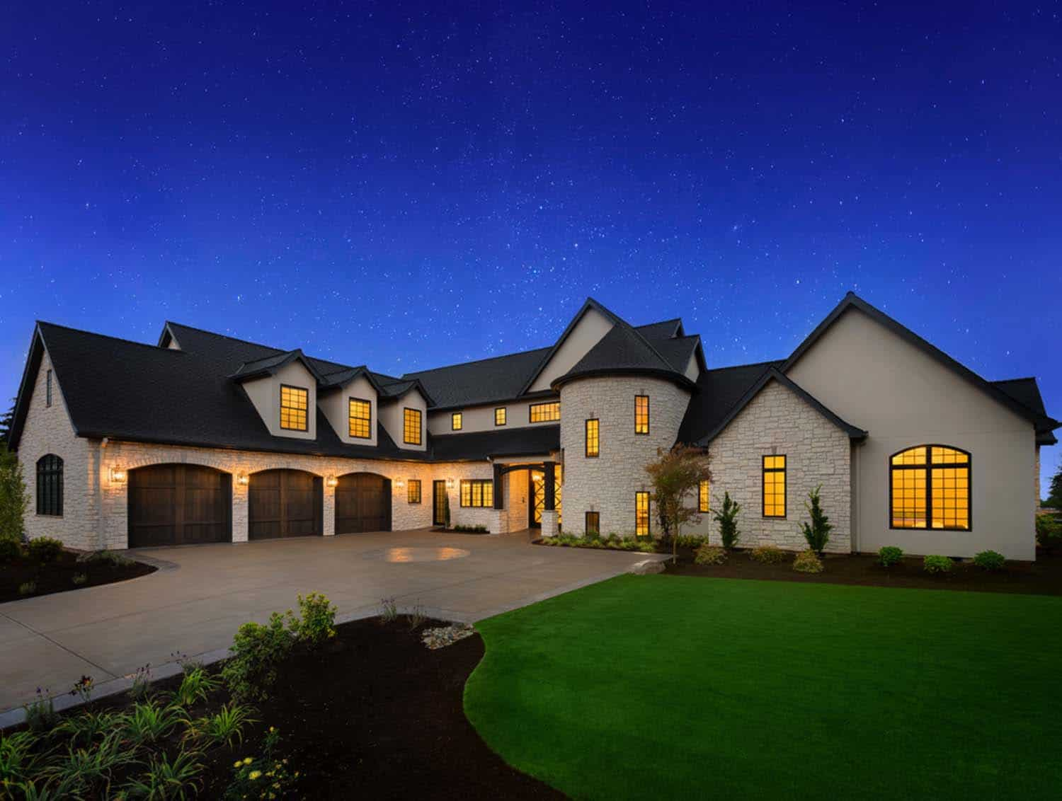 french-country-transitional-exterior