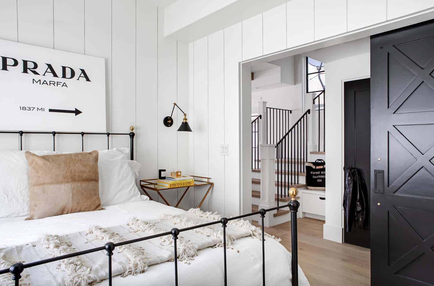 industrial-chic-bedroom