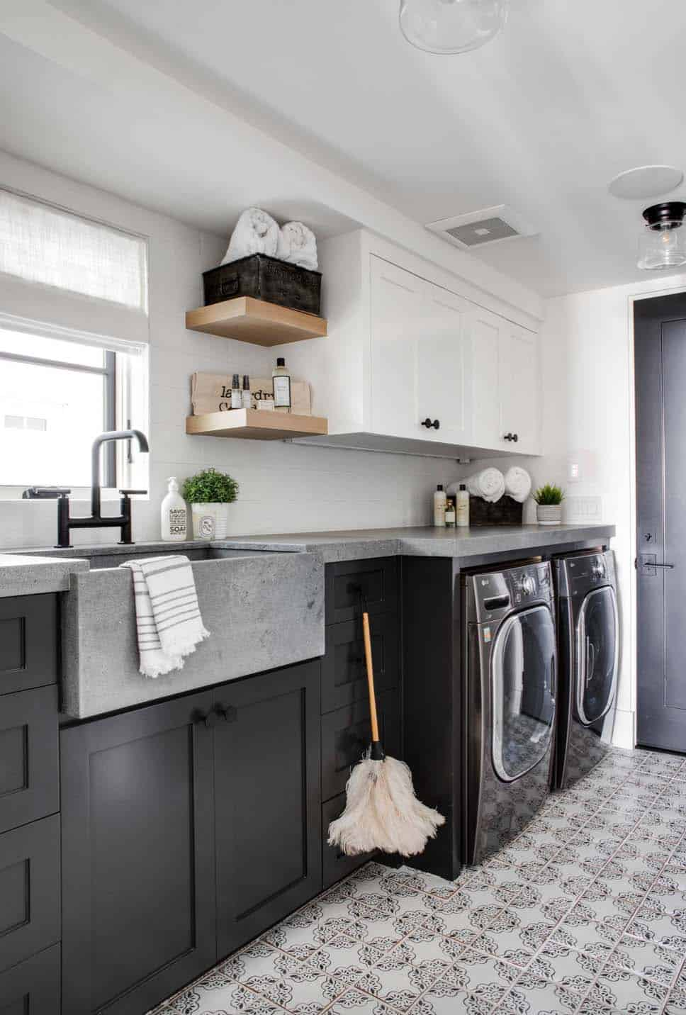 industrial-chic-laundry-room