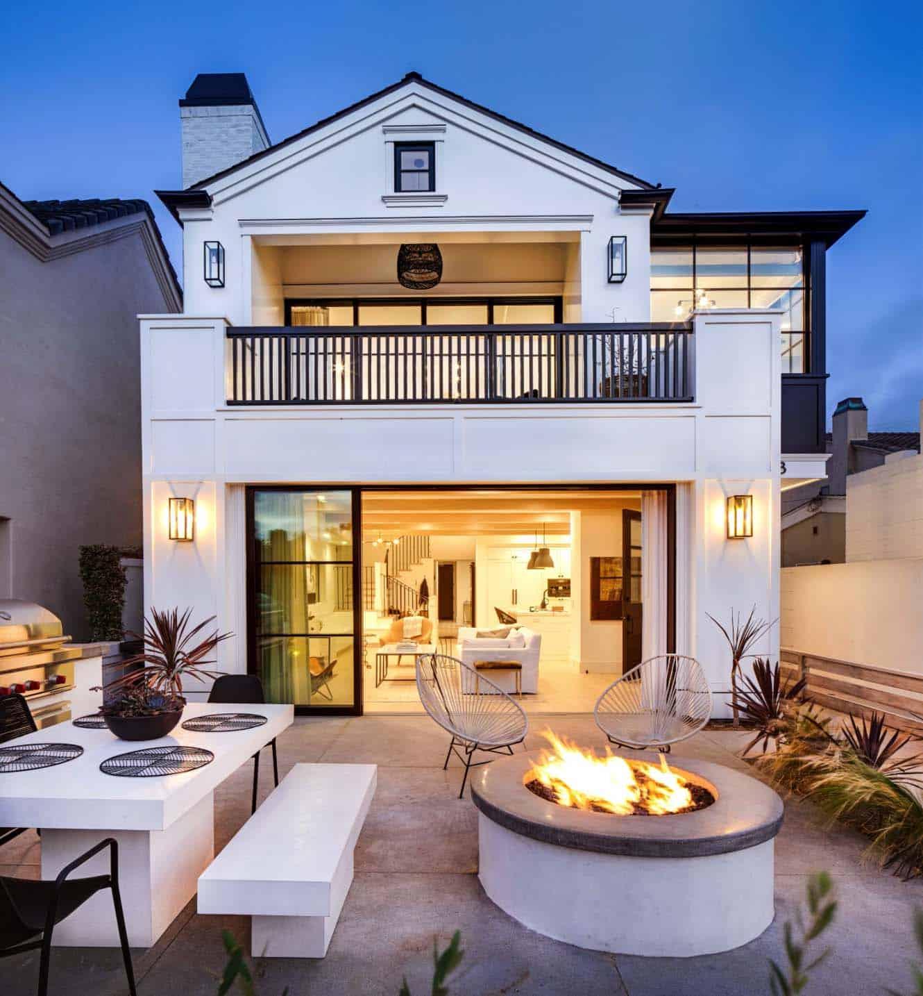 beach-style-house-exterior