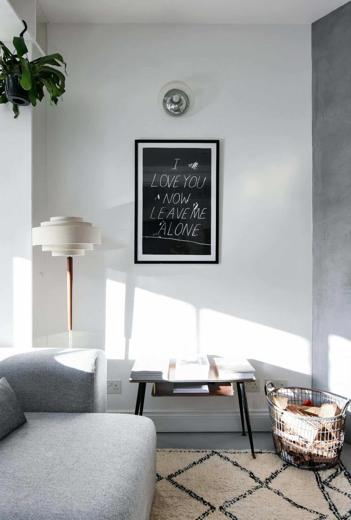 cottage-scandinavian-living-room
