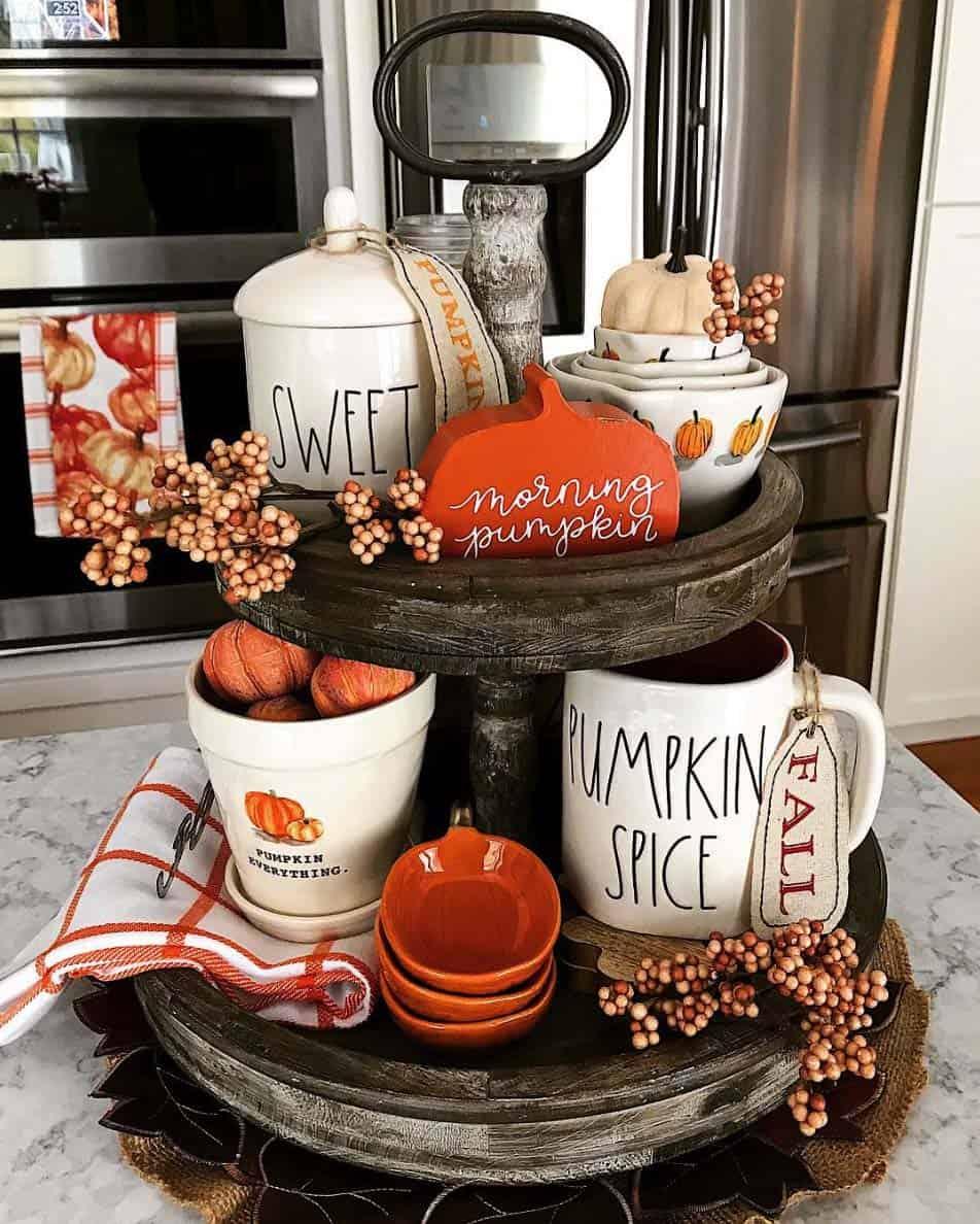 Farmhouse Kitchen Fall Decorating Ideas: 28 Warm And Inviting Fall Kitchen Decorating Ideas To DIY