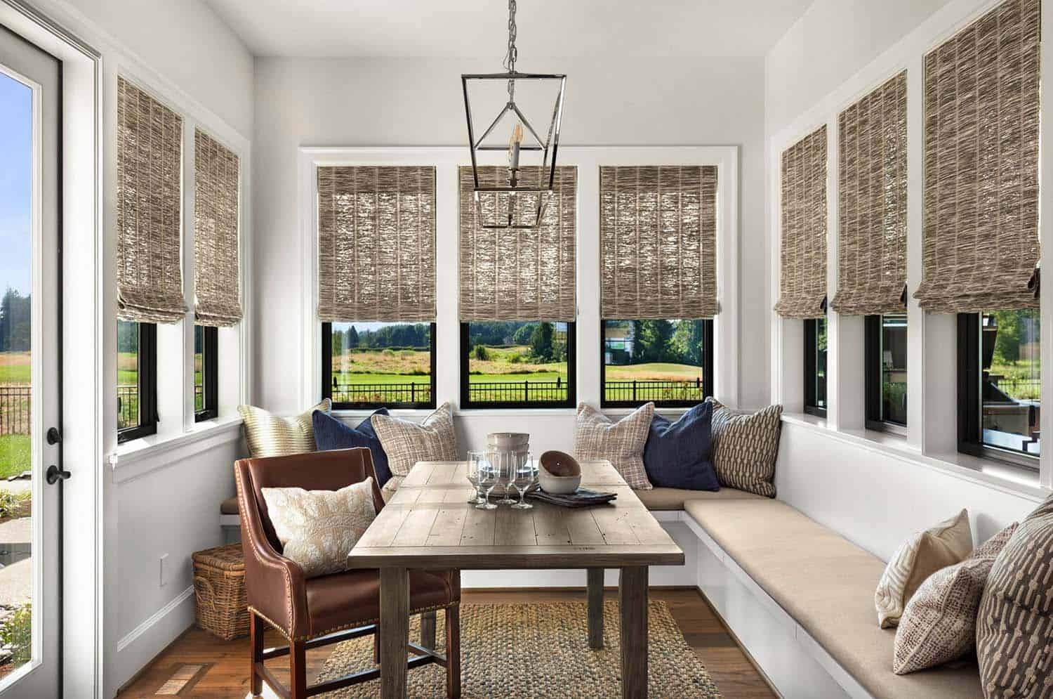 modern-english-farmhouse-dining-room
