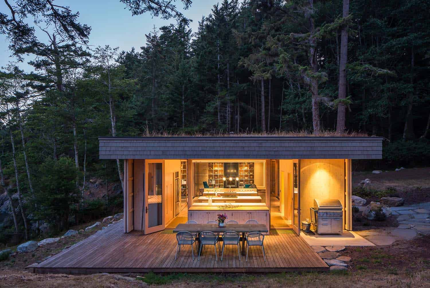 rustic-home-exterior-green-roof