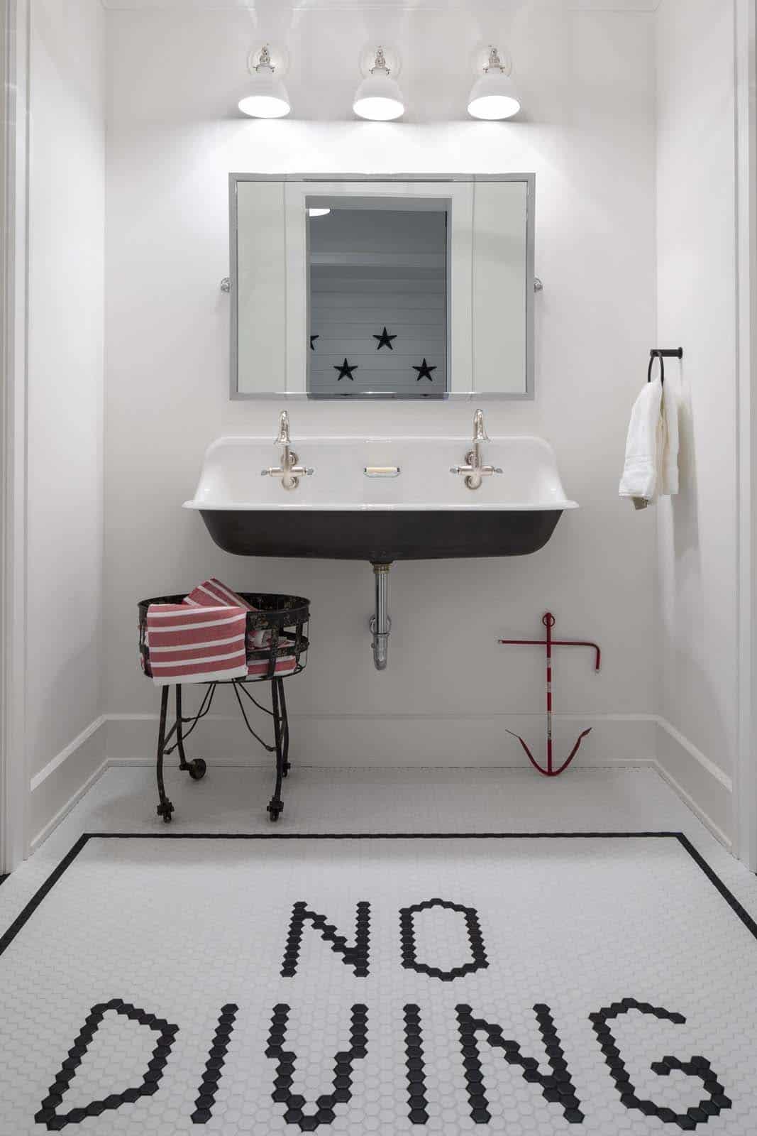 farmhouse-beach-style-pool-house-bathroom