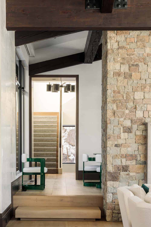 modern-mountain-home-hall