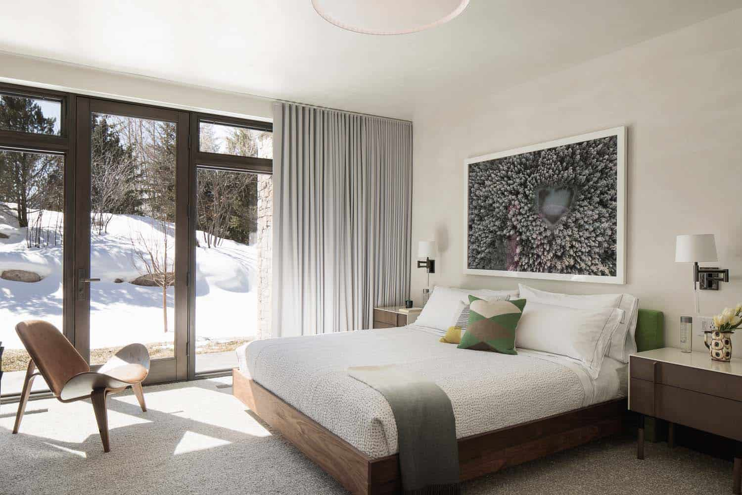 modern-mountain-home-bedroom