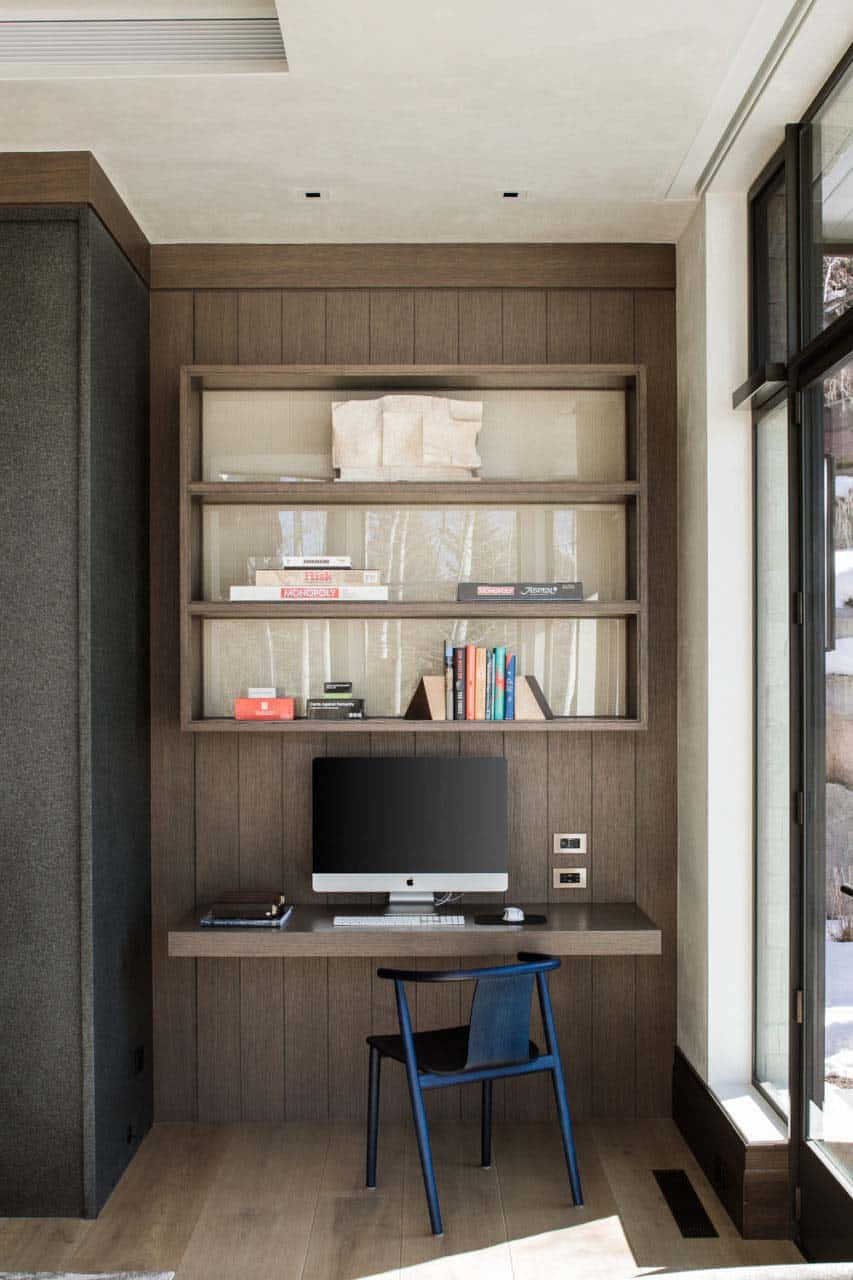 modern-mountain-home-office