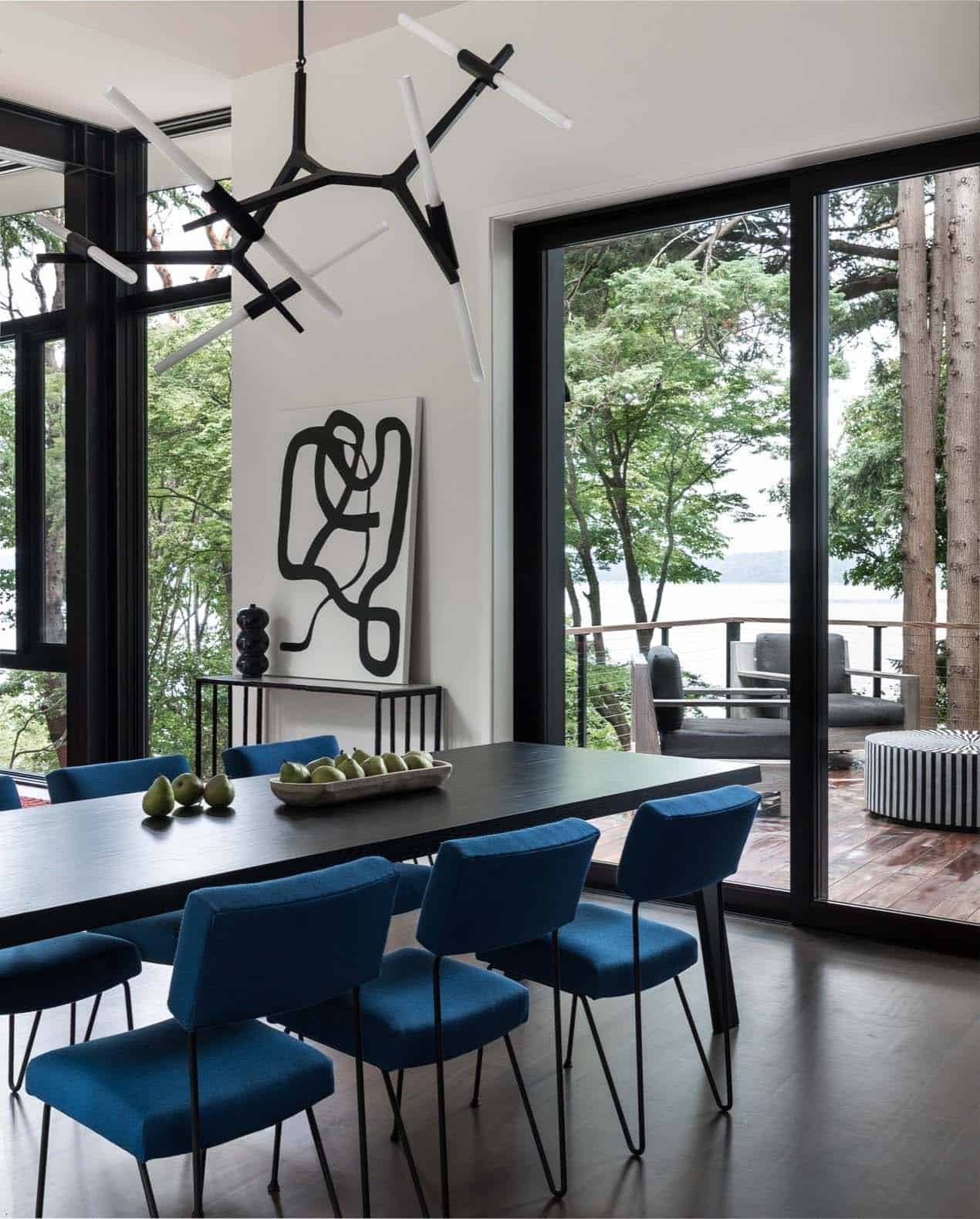 tree-house-modern-dining-room