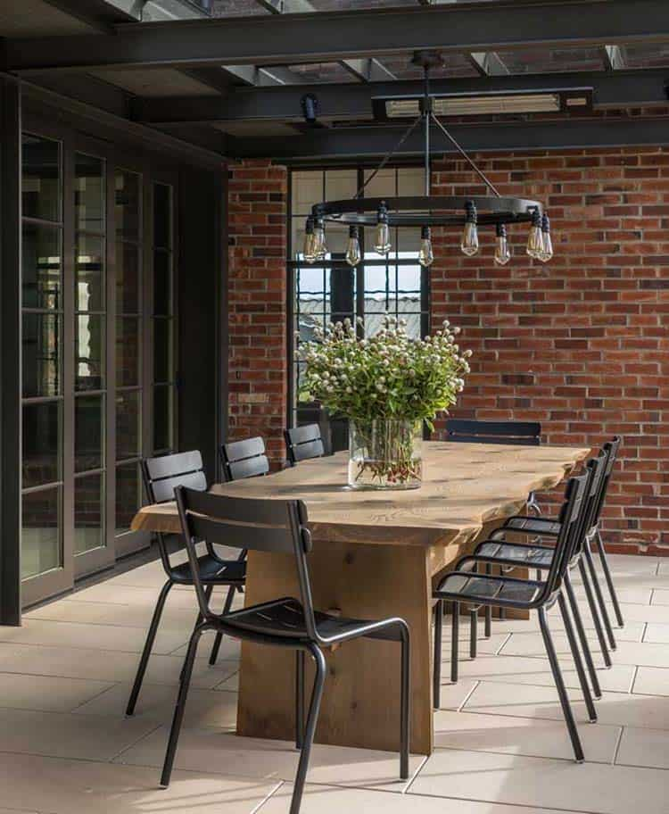 modern-tudor-home-patio