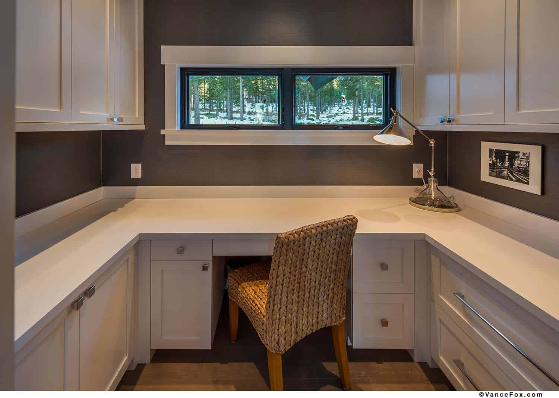 mountain-modern-cabin-home-office