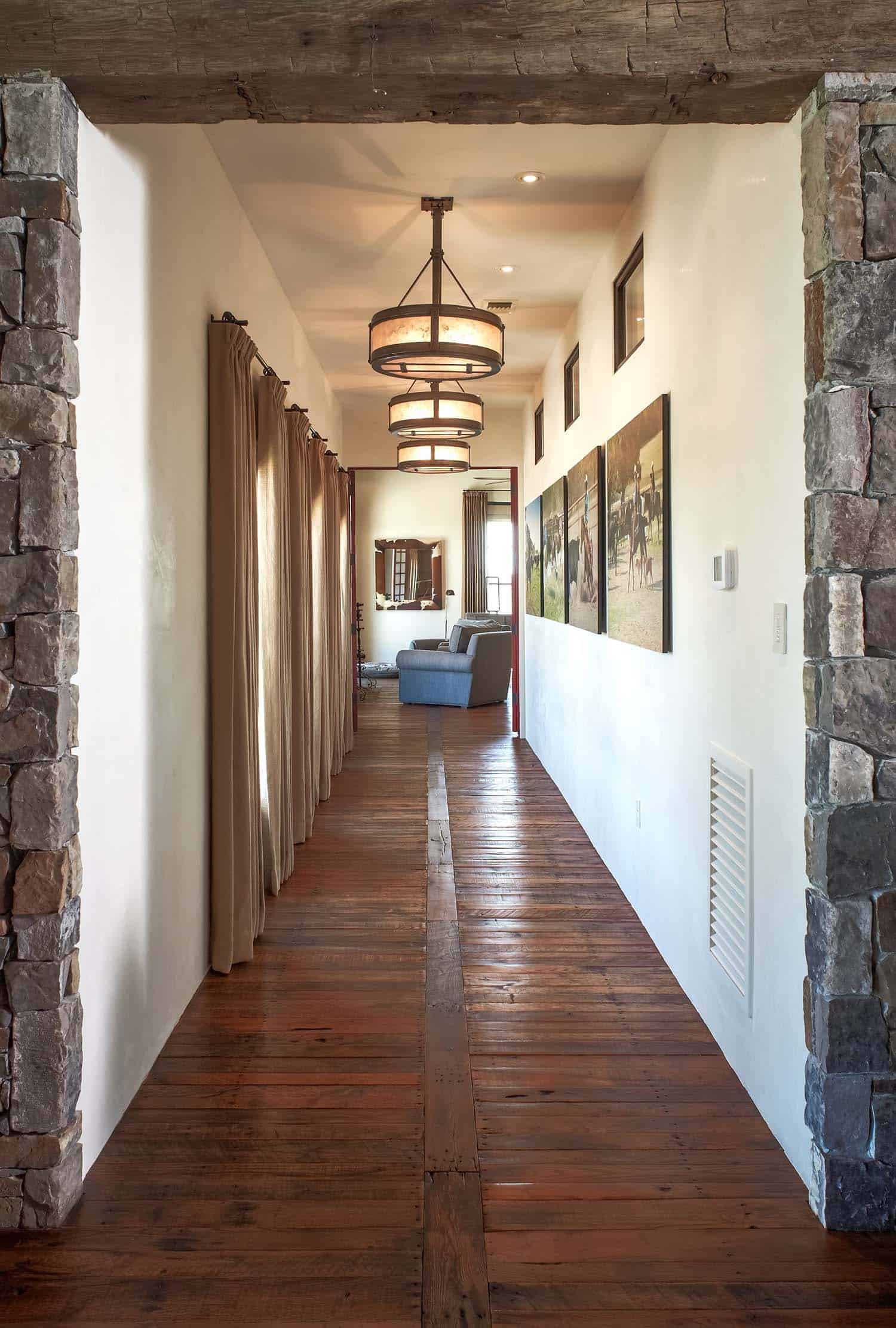 ranch-rustic-hall