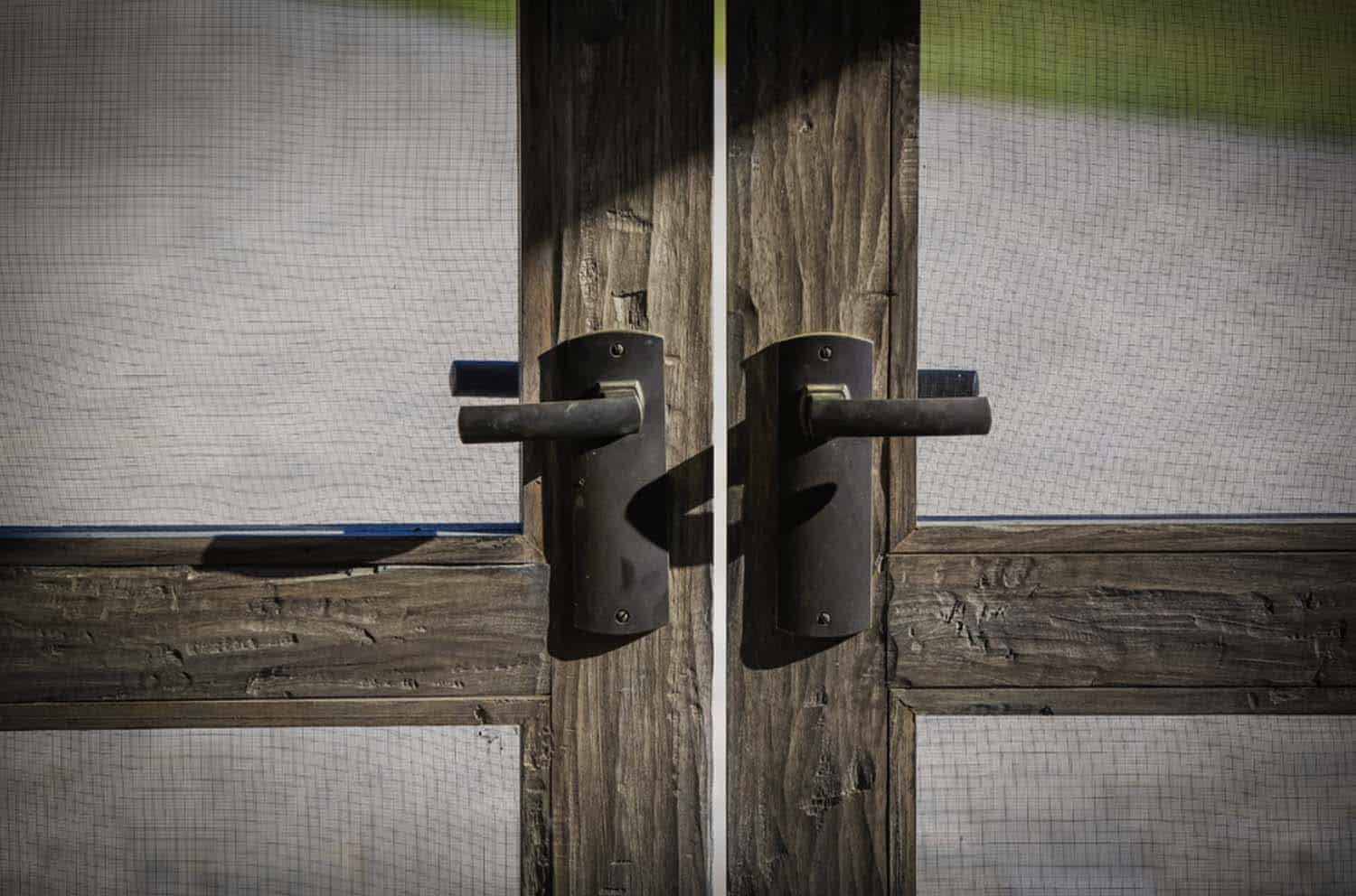 ranch-rustic-entry-hardware