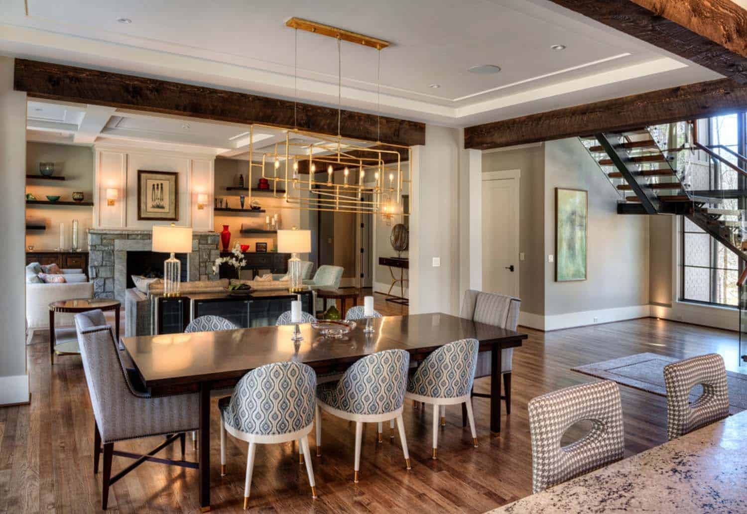 transitional-mountain-home-contemporary-dining-room