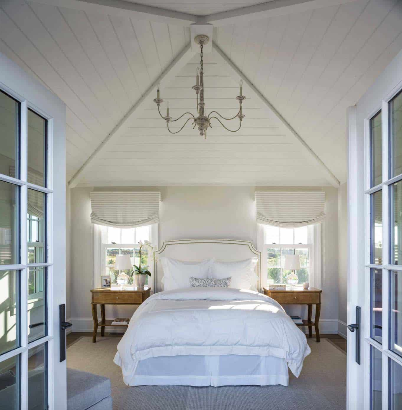 guest-suite-beach-style-bedroom
